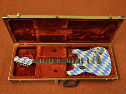 Veranda Stratocaster im Fender Koffer