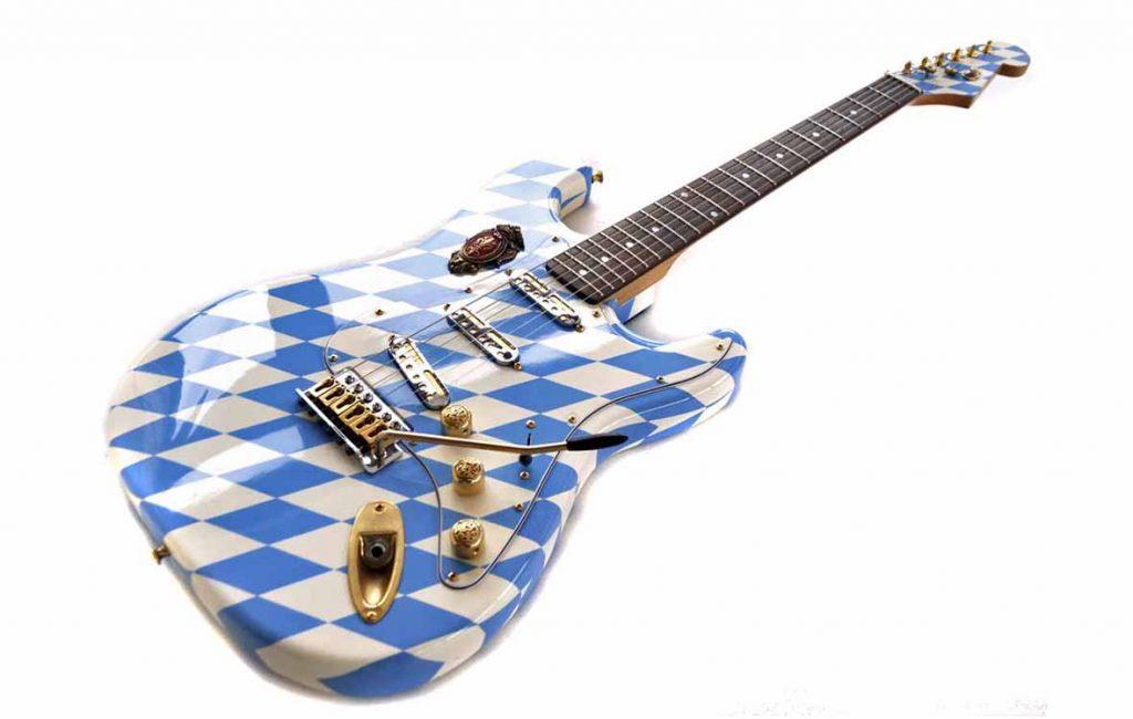 # 016 Veranda Ludwig (Bayern Gitarre)