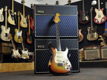 Stratocaster mit VOX amp